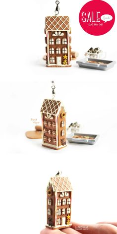 Inspired by winter christmas, gingerbread house or shall i say gingerbread town house cookie necklace / Collier Maison pain d'épices / bijoux gourmands / La Nostalgie #CadeauNoel #SoldesNoel #CadeauUnique
