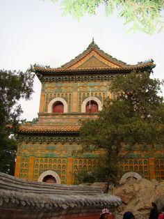 Templo de las Virtudes de Buddha, Palacio de Verano, Beijing, China.