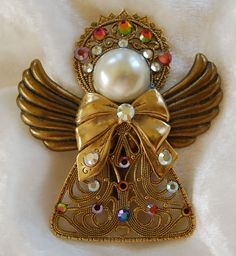 Brass filagree Angel Pin