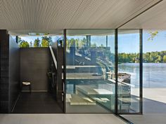 Sauna Kotiranta looks fresh and different, yet all the time-honoured elements of a traditional sauna are in their proper place. The black wooden façade accented ...