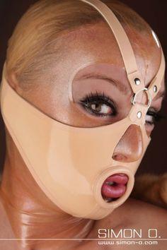 Latex Fashion - Latex Mundbondage - SIMON O.