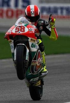 Marco Valentino Rossi, Grand Prix, Brave Heart, Bike Stuff, Motogp, Honda, Pilot, Automobile, Trust