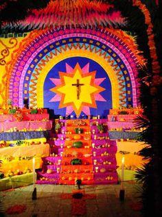 dia de los muertos altars | del dia de muertos o todos santos corresponde al cierre de los ...