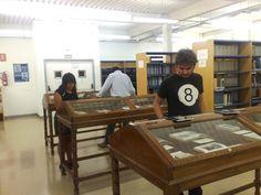 """Exposición bibliográfica """"Viajes y aventuras"""" en el CEUM (2011) #exposiciones #libros #viajes  #biblioteca #uex"""