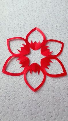 10 Simple and Easy Paper Cutting Crafts - Origami - Paper Crafts Origami, Paper Crafts For Kids, Diy Paper, Paper Art, Kirigami, Paper Cutting, Origami Rose, Origami Heart, Origami Butterfly