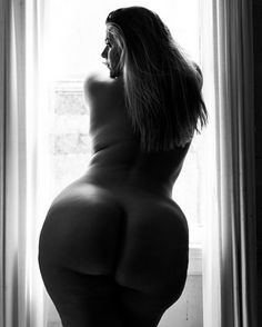 Where Curves Are Celebrated Everyday : Photo