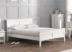 White Wooden Bed Frame - Lots of people select the metal frames on the wooden ones. White Double Bed Frame, Solid Wood Bed Frame, Solid Wood Platform Bed, Wooden Bed Frames, Wood Beds, Wooden King Size Bed, White Wooden Bed, Headboards For Beds, White Bedding