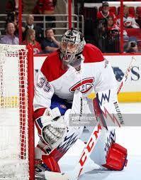 Charlie Lindgren - Marc Bergevin s'est entendue sur les modalités d'un contrat de deux saisons (2015-2016 et 2016-2017. En trois saisons depuis ses débuts dans les rangs universitaires en 2013-2014, Lindgren a disputé 88 matchs en saison régulière avec St. Cloud State. Il a affiché un dossier de 51-29-3, avec huit jeux blancs. Le gardien de 6'02'' et 190 lb a conservé une moyenne de buts alloués de 2,21 et un pourcentage d'arrêts de ,921. Montreal Canadiens, Goalie Mask, Hockey Goalie, Tampa Bay Lightning, Los Angeles Kings, Nhl, Goalkeeper