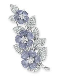 Van Cleef & Arpels | Chalcedony and diamond brooch