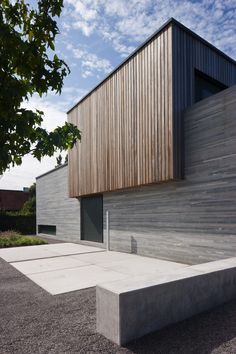 What is Minimalist architecture? Innovative Architecture, Minimalist Architecture, Facade Architecture, Residential Architecture, Contemporary Architecture, House Cladding, Timber Cladding, Exterior Cladding, Facade Design