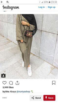 Source by xhesiz. Modern Hijab Fashion, Arab Fashion, Muslim Fashion, Work Fashion, Fashion Outfits, Modest Outfits Muslim, Modest Wear, Hijab Dress, Hijab Outfit