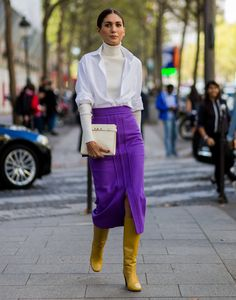 And the breakout street style star of fashion week is. Star Fashion, Look Fashion, Winter Fashion, Luxury Fashion, Fashion Deals, Fashion Mode, Paris Fashion, Fashion Tips, Fashion Design