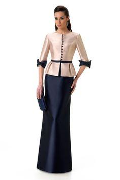 Godmother dress by Raffaello – Girona Elegant Dresses, Beautiful Dresses, Formal Dresses, Mothers Dresses, Mother Of Groom Dresses, Godmother Dress, Myanmar Dress Design, Mom Dress, African Dress