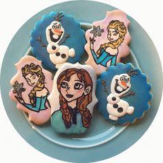 Custom Frozen Characters @sugarlovecookiesdesigns FB sugar love cookie designs Sugar Love, Frozen Characters, Cookie Designs, Sugar Cookies, Desserts, Food, Meal, Deserts, Essen