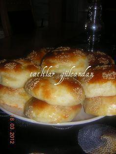 Sponge donut with potato - Yemek tarifleri - French Toast Potato Recipes, Bread Recipes, Tasty Bread Recipe, Turkish Kitchen, Savory Pastry, Diva Nails, Tea Time Snacks, Cupcakes, Turkish Recipes