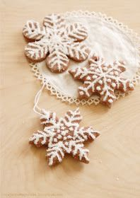 """Tutorilal: How to make christmas salt dough """"cookie"""" ornaments. I'm going to make trees out of these stars. Need to find multiple sizes... I think if I go from large, small, a little bit smaller large, small all the way up, it will be an """"airier"""" look like a birch tree."""