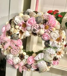 ♥ ~ ♥ Spring into Easter ♥ ~ ♥ Door Crafts, Diy And Crafts, Shabby Chic Accessories, Egg Art, Summer Crafts, Door Wreaths, Easter Crafts, Centerpieces, Floral Wreath