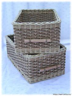 ivana (480x640, 184Kb) Baskets On Wall, Storage Baskets, Wicker Baskets, Newspaper Basket, Newspaper Crafts, Paper Furniture, Wicker Furniture, Crochet Organizer, Carton Box
