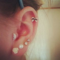 Silver & Steel Lobe / Tragus Bar - Left Feather- Buy Jewellery