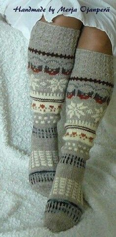 Crochet Socks, Knitting Socks, Hand Knitting, Knit Crochet, Knit Socks, Boot Toppers, Stockings Legs, Hobbies And Crafts, Handicraft