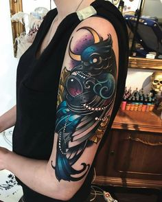 "Love the deep colors, style, pearl/jewel accents (Found on Facebook ""Credit Olie Siiz""). Want to do cover up like this with a peacock."