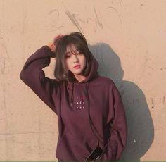 Imagem de korean, girl, and korea Ulzzang Short Hair, Korean Short Hair, Ulzzang Korean Girl, Cute Korean Girl, Asian Girl, Ullzang Girls, Cute Girls, Korean Aesthetic, Aesthetic Girl