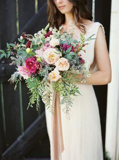 Colorful & rustic summer bouquet: http://www.stylemepretty.com/2015/09/16/rustic-elegant-tuckahoe-plantation-wedding-inspiration/ | Photography: Kate Ignatowski - http://www.kateignatowski.com/