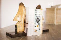 Il paio di fermalibri che ricorda le forme in legno usate dai calzolai darà un tocco retrò al vostro arredamento e catturerà sicuramente lo sguardo dei vostri ospiti.