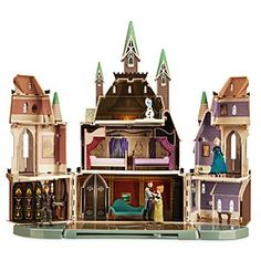 Frozen Castle of Arendelle Play Set | Disney Store Anna and Elsa can stay warm during an eternal winter inside their towering Castle of Arendelle. She'll love recreating her favorite <i>Frozen</i> scenes with this large play set that includes five figures, and lots of accessories.