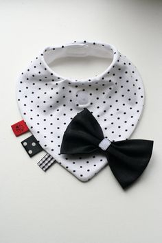 Baby dribble bib removable tie / bow tie nice baby shower