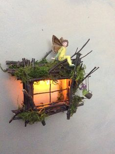 Fairy Window with Delicate Twinkling LightHandcrafted by Olive Fairy Accessories Fairy House Fairy Door Fee-Fenster mit zarten funkelnden Licht Handarbeit OliveEtsy Diy Fairy Door, Fairy Doors, Diy Door, Twig Crafts, Fairy Crafts, Fairy Tree Houses, Fairy Garden Houses, Fairy Gardening, Tree Garden