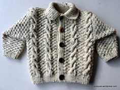Chaqueta para invierno con botones. 18 meses. Lovely cardigan for winter. Modelo 16 – Tricotar para peques – Knitting for kids