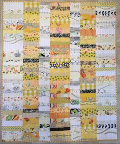 Chinese Coins VI quilt in yellow and white scraps