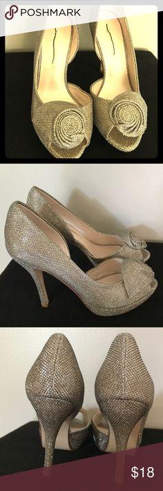 ShoeDazzle Gold Peeptoe Heels 8.5B ShoeDazzle Gold Peeptoe Heels 8.5B. The heel is 4 1/2 inches. Shoe Dazzle Shoes Heels