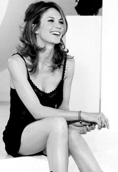 Beautiful older women--Diane Lane