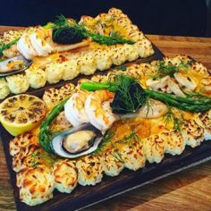 Snack Recipes, Snacks, Chutney, Vegetable Pizza, Hummus, Tapas, Seafood, Celebrations, Food And Drink