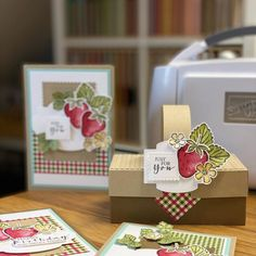 Fun Fold Cards, Folded Cards, 3d Craft, Gift Packaging, Recipe Cards, Stampin Up Cards, I Card, Perennials, Cardmaking