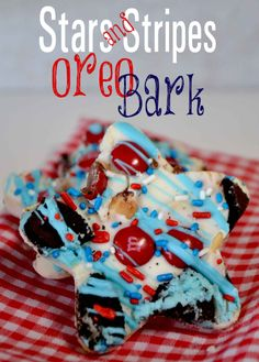 Stars and Stripes Oreo Bark {Recipe} Mickey Mouse Oreo Bark too!!