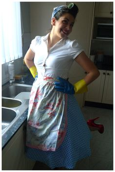 Today I created a housewife costume, with a little bit of a twist. I've gone for the mid-ready-point where she is almost immaculate, but has just her hair to go. Housewife Costume, 1950s Housewife, Group Halloween, Halloween Costumes, 1950 Costumes, Hair To Go, Feminist Tattoo, Scarf Hairstyles, 1950s Fashion