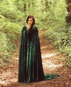 Find images and videos about medieval, merlin and morgana pendragon on We Heart It - the app to get lost in what you love. Morgana Le Fay, Merlin Morgana, Merlin And Arthur, Katie Mcgrath, Long Dress Fashion, Fashion Dresses, Lorde, Capes, Merlin Fandom