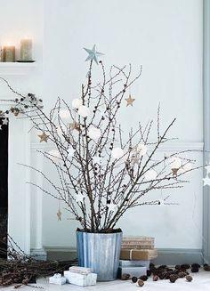 A Uniquely Enchanted Christmas Inspiration Estilo nordico arbol Navidad