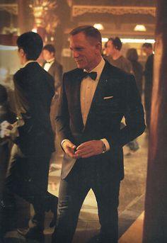 Daniel Craig- james bond.   Skyfall