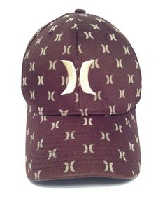 DC Shoes Cascata Visor Beanie...I d like it better in Red or Green ... c9273b140727
