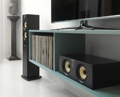 Everyone should experience truly great sound. With the 600 Series, everyone can