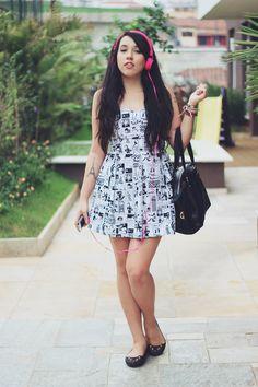 Depois dos Quinze | Bruna VieiraLook: vestido de quadrinhos