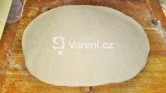 Lístkové škvarkové pagáče k vínu recept - fotografie - Vareni.cz Dairy, Bread, Cheese, Food, Breads, Baking, Meals, Yemek, Sandwich Loaf