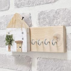 Rustic Pallet Wood Key Holder for Wall Personalized Gifts - Have this item personalised / In a colour of your choice - Dehily Wooden Key Holder, Wall Key Holder, Into The Woods, House In The Woods, Wood Pallets, Pallet Wood, Pallet Benches, Pallet Walls, Pallet House