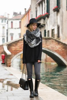 November Rain: tunic sweater with black and gray blanket scarf and Hunter boots, what to wear on a rainy fall day, fall outfit with blanket scarf and Hunter boots