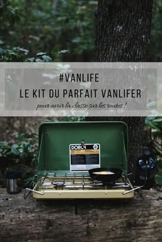 Discover the perfect vanlifer kit or how to be equipped at best for the van roadtrip! Van Life, Caravan Renovation Diy, Astuces Camping-car, Kit, Vans Usa, T6 California, Snowmobile Tours, North Island New Zealand, Camping In North Carolina