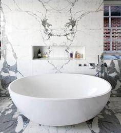 Фотография: Ванная в стиле , Интерьер комнат, Декоративная штукатурка, плитка в ванной, мозаика в интерьере ванной, отделка ванной комнаты, стены в ванной комнате, обои в ванной комнате – фото на InMyRoom.ru